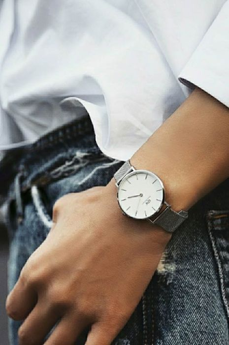 DW00100220 dw watch5